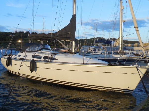 Jeanneau Sun Fast 37 Jeanneau Sun Fast 37 - Contact-Yachts