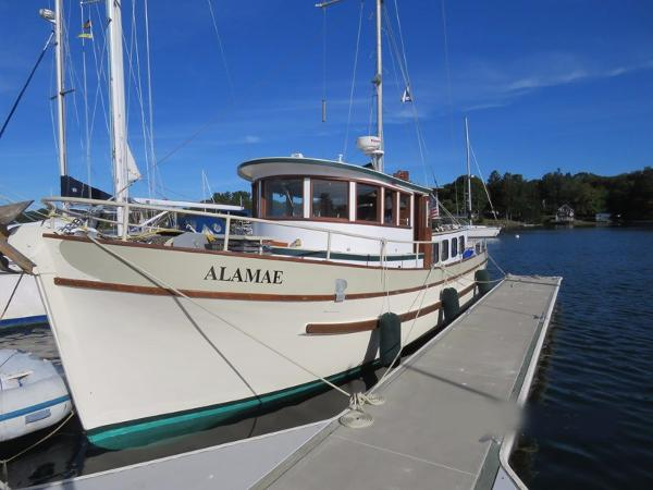 Custom Pacific Northwest Pilothouse