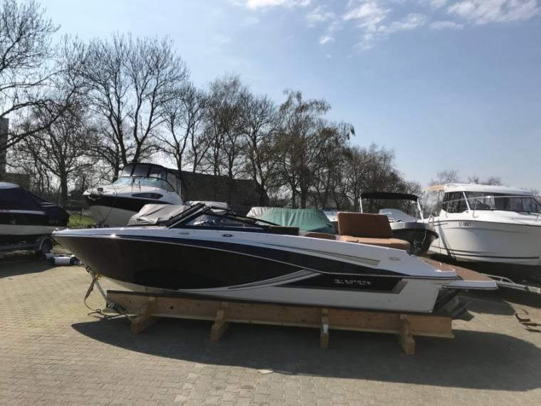 Glastron GT 205 - Voorraad boot