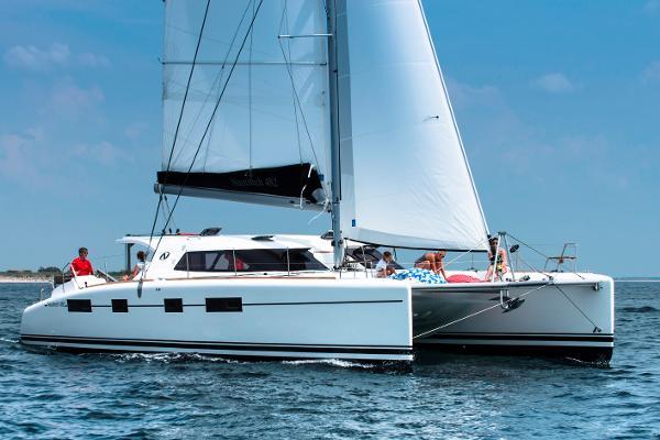 Nautitech 482 Owners Version Nautitech 482 Starboard side sailing