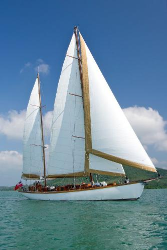 Custom Ketch classic Yacht