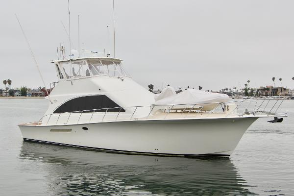 Ocean Yachts 56 Super Sport Starboard Bow