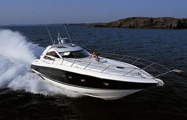 Sunseeker Predator 55 Brochure photograph