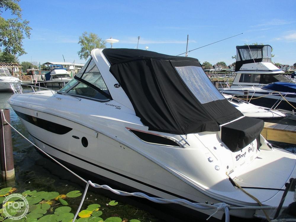 Sea Ray 350 Sundancer 2015 Sea Ray 350 Sundancer for sale in Getzville, NY