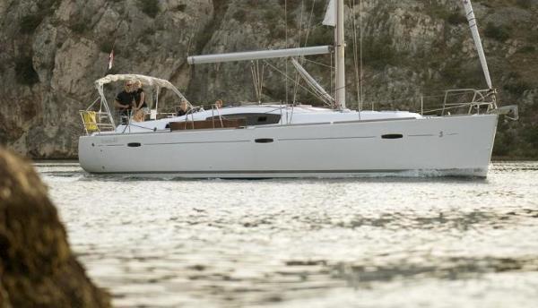 Beneteau Oceanis 43 F / VAT paid