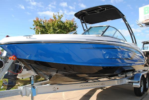Chaparral 19 H2O Sport 2018-chaparral-19-h20-sport-bowrider-for-sale