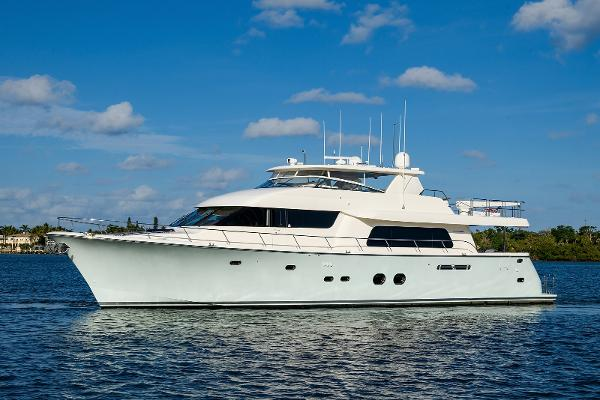 """Pacific Mariner Motor Yacht Raised Pilothouse 2009 85' Pacific Mariner """"Integrity"""" Profile"""