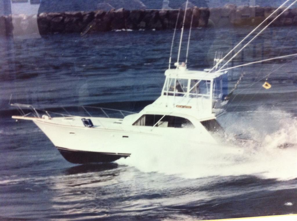 Post 42 Flybridge Sportfisherman