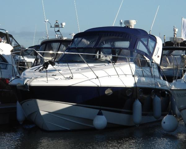 Fairline Targa 40 Fairline Targa 40