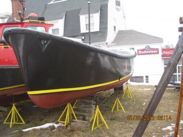 Fiberglass Motor Whale Boat /Diesel powered