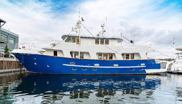Custom Expedition Yacht 90' Custom Expedition Yacht
