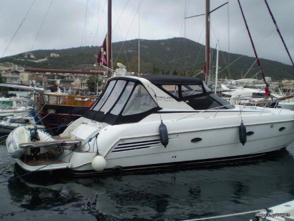 Trojan 440 Express Trojan 44 Express - Open Motor Yacht