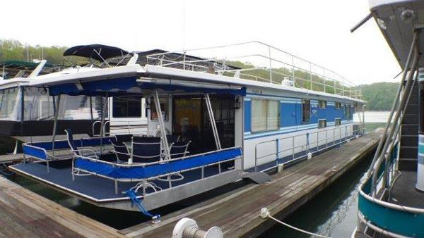 14x68 Sumerset Houseboat