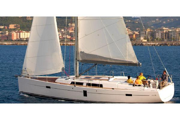 Hanse 445 Manufacturer Provided Image