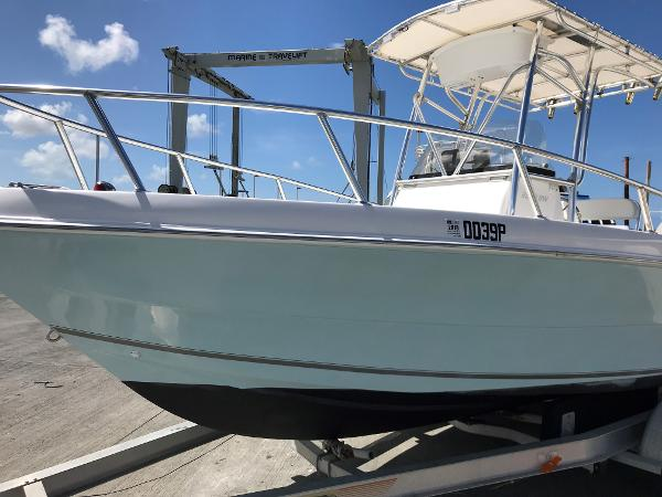 Seaquest 2300 Coastal