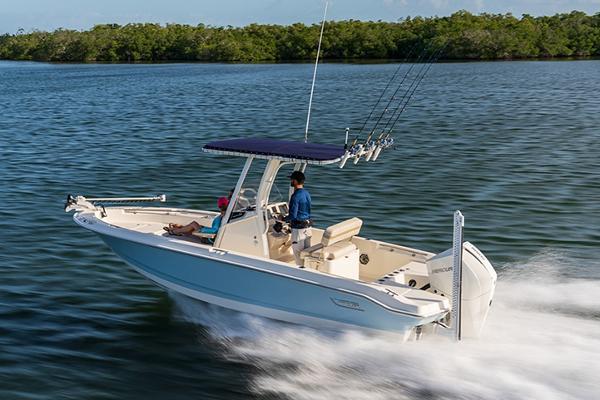 Boston Whaler 220 Dauntless Manufacturer Provided Image