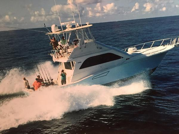Cabo yachts Convertible