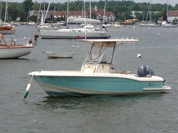 Scout Boats 222 Sportfish