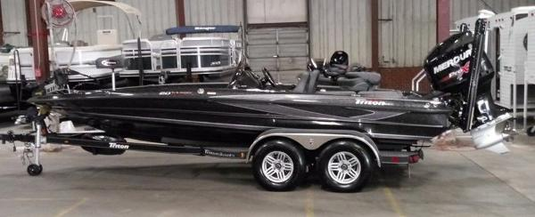 Triton Boats 20 TRX Patriot