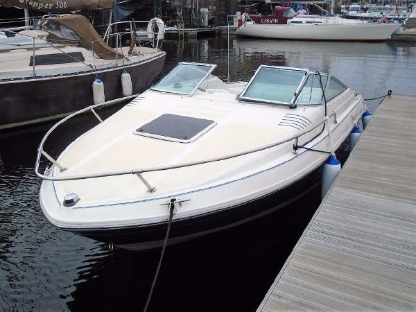 Sea Ray 200 Overnighter Sea Ray Signature 200