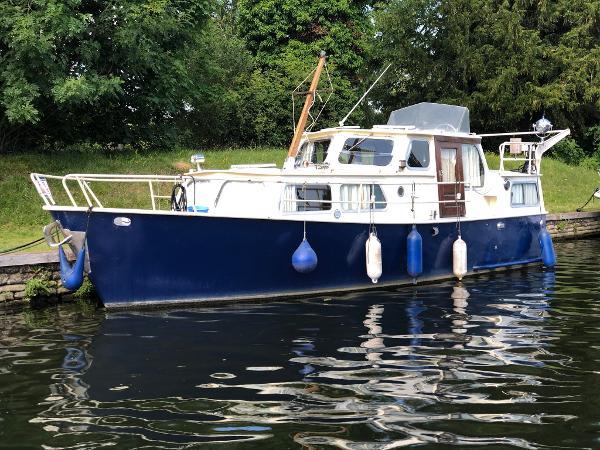 Motor Yacht Babiljakruiser Steel Boat