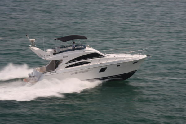 Grand Harbour Ruby Motor Yacht Runing shot