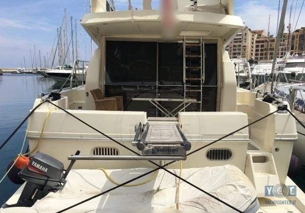 Ferretti Yachts 48 FLY 6d32b9f5-e382-44e1-baa7-daba10bfb6ba.2048[1]