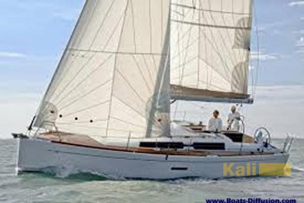 Dufour Yachts 335 Grand large Picture 1