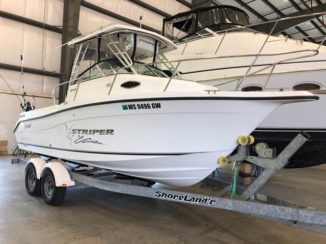 Seaswirl 2101 WA Striper