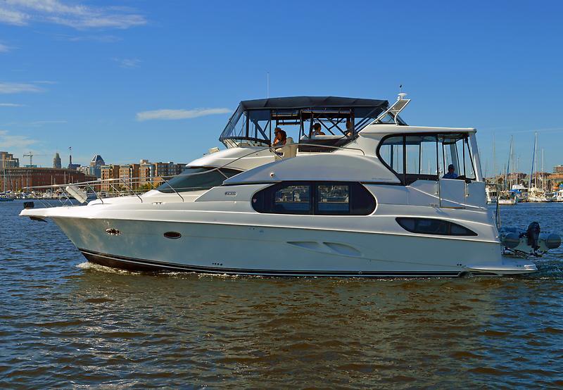 Silverton 43 Motor Yacht DSC_1142.jpg