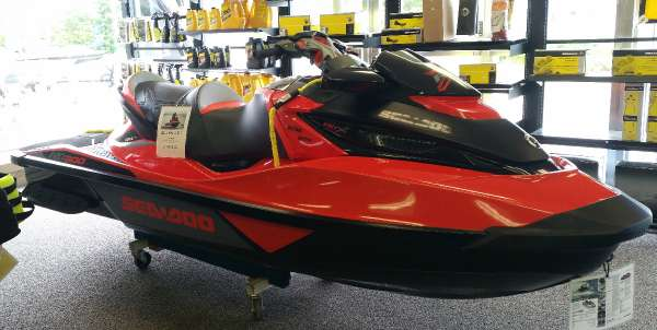 Sea-Doo RXT-X 300