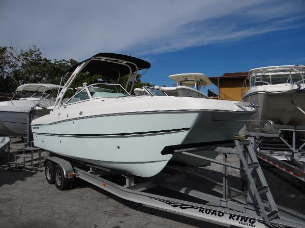 Carolina Cat 23 Sport Deck Sea Mist Green