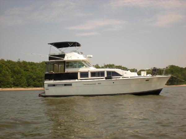 Bertram 42 Flybridge Motor Yacht Virginia Ann