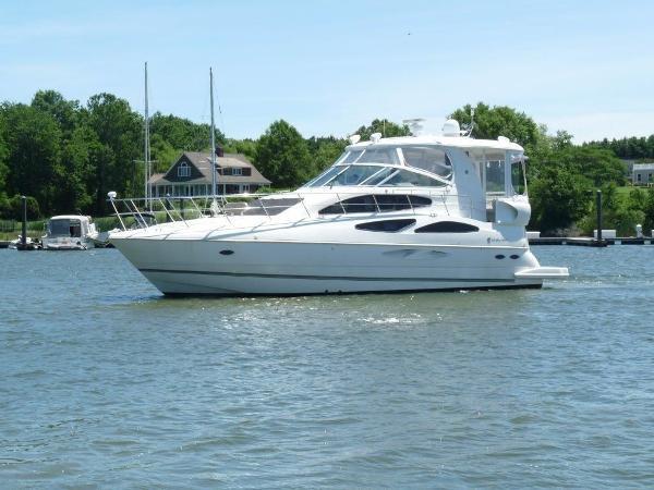Cruisers Yachts 455