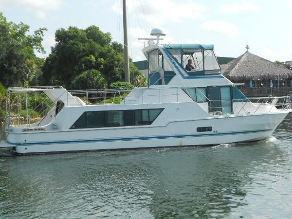 Harbor-Master Coastal Cruiser