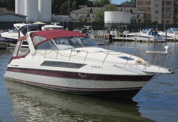 Carver Montego 3157 ON THE WATER