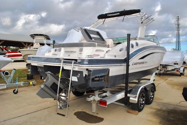 Chaparral 246 SSi Bowrider Surfgate 2017-Chaparral-246-SSi-Bowrider-for-sale