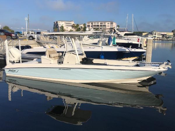 Boston Whaler 270 DA Starboard Profile