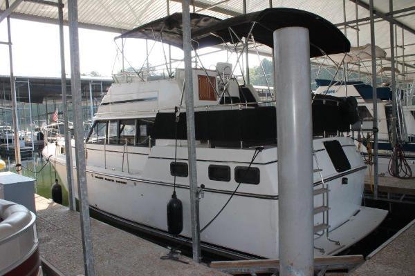 Carver 3607 Aft Cabin Motoryacht