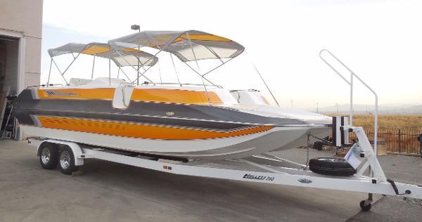 Hallett Boats 260 Cat/Deck