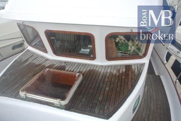 Universal Marine Trawler Yacht Trawler Yacht (1981) in Spanien (Mallorca)