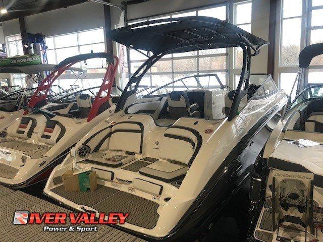 Yamaha Boats 242 LTD S E SERIES