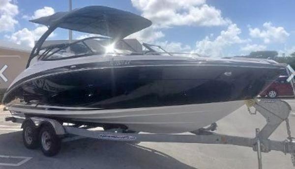 Yamaha Boats 242 LIMITED S E SERIES