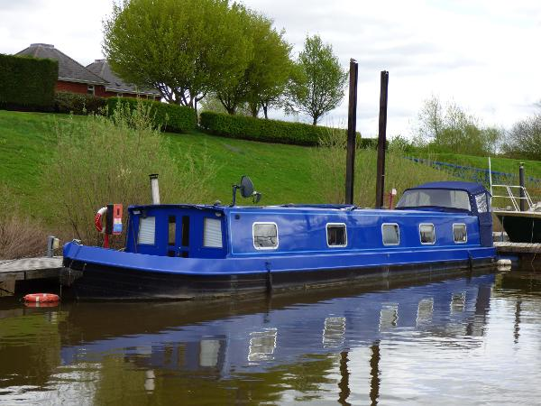 Wide Beam Narrowboat 60x10 Widebeam