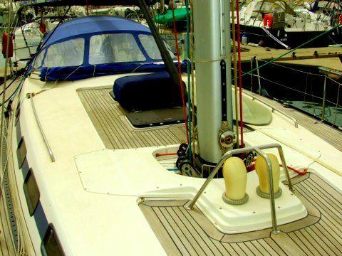 X-Yachts X-562 Deck