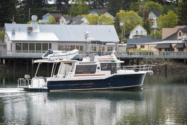 Ranger Tugs R-43 Command Bridge Luxury Edition