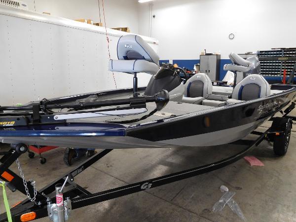 G3 Boats Sportsman 17 PFX Blue