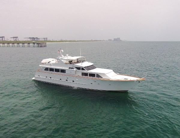 Broward Raised Pilothouse Motor Yacht Profile
