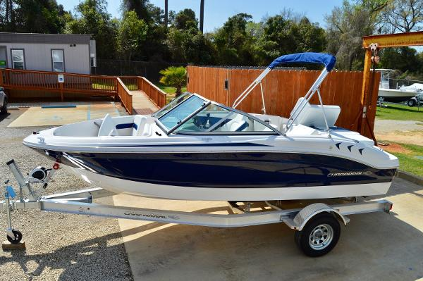 Chaparral 18 H2O Sport 2017-chaparral-18-h2o-bowrider-runabout-for-sale