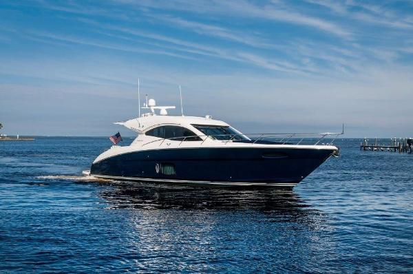 Maritimo C50 Sport Cruiser Starboard Bow